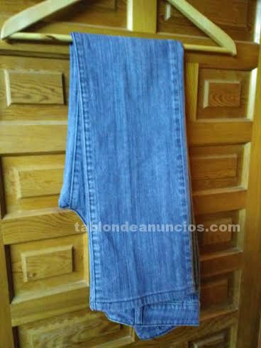 PANTALON LARGO VAQUERO