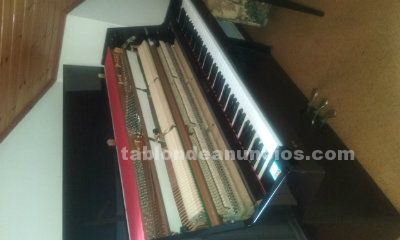 Piano vertical royale daewoo (3 pedales)