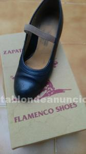 Zapatos de baile flamenco.