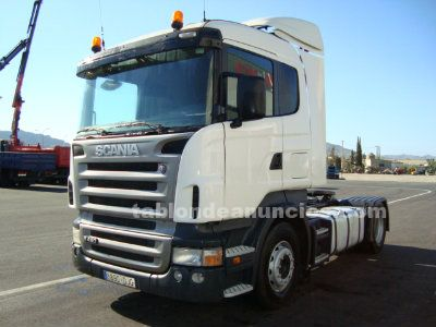 Camion tractora scania r420.