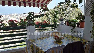 Se vende piso dúplex con 2 terrazas, piscina y jardines. Torviscas. Adeje