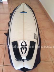 Tabla de surf 7s 6.3 con funda + quillas