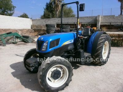 Tractor frutero newholland