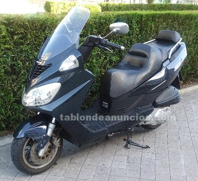 Vendo scooter daelim s2 250