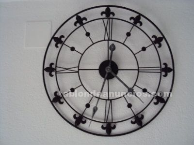 Decorativo reloj de pared de hierro forjado