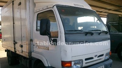 NISSAN, CAMION NISSAN ISOTERMICO