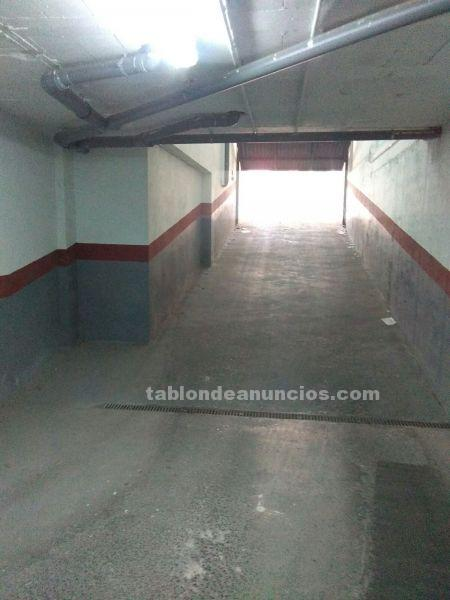 Parking plaza de garage de 10 m2 situada en la calle