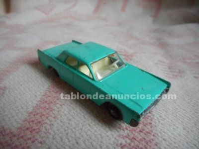 Miniatura lincoln continental  matchbox