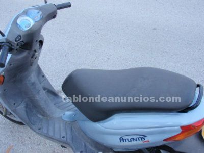 Derbi atlantis 50cc gris