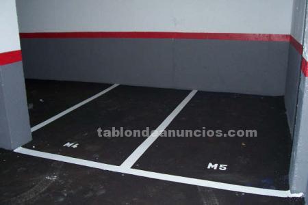 ALQUILO GARAJE PARA MOTO  CANILLAS C/ TREFACIO = C/ TRIBALDOS= C/EMIGRANTES