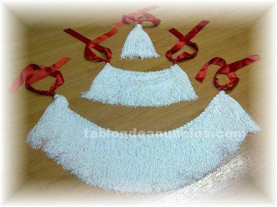 Vendo farrapos blancos completos con cintas rojas para gaita