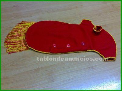 Vendo vestido de fieltro rojo con ronquillo para gaita