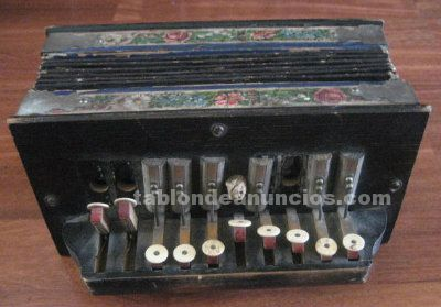 Acordeon antiguo tipo bandoneon