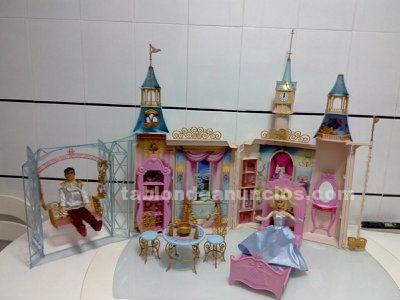 Se vende el palacio de la cenicienta, (incluida cenicienta y príncipe)
