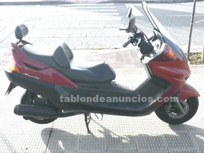 Se vende escooter yamaha majesty yp 250