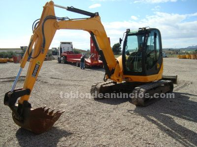 Mini giratoria jcb 8080 zts.