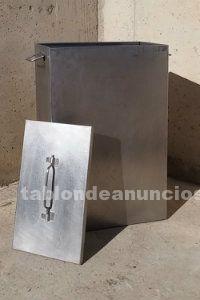 Caja de acero inoxidable con tapadera