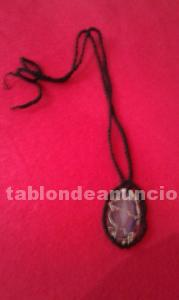 Collar con crystal mineral