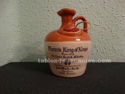 Caneco vacío de whisky Munro's King 12 years