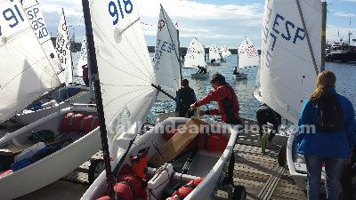 Optimist con velas north sails radiales