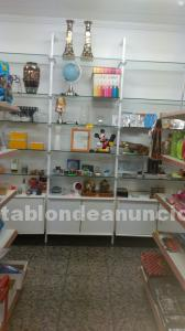 Mueble expositor madera cristal