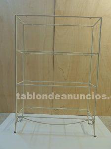 Estanteria minimalista en blanco, baldas cristal trasparente