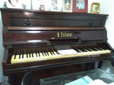VENDO PIANO ANTIGUO