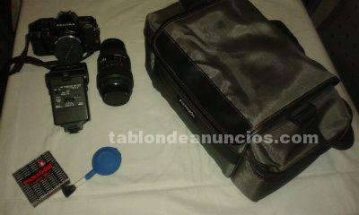 Vendo camara reflex p30 y accesorios