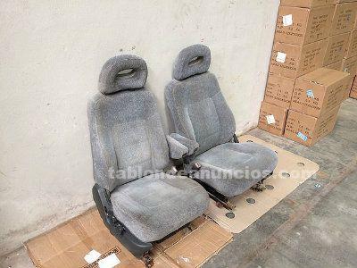 Asientos del Mitsubishi Montero