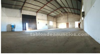 Se alquila nave industrial