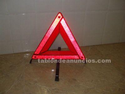 Triángulos señalización de emergencia