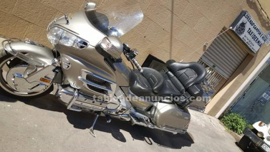 Se vende honda goldwing 1800