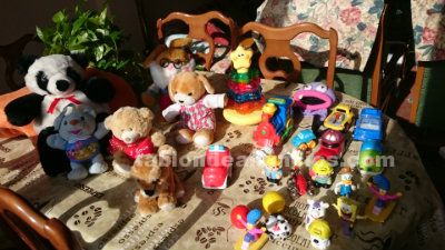 LOTE PELUCHES Y JUGUETES