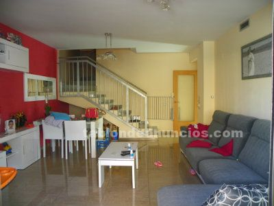 Casa pareada duplex (280.000€)