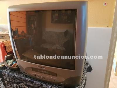 SE VENDE TV SAMSUNG URGENTEMENTE