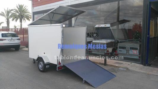Remolque furgon rectangular de un eje