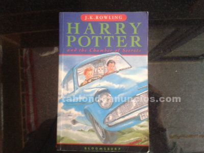 Harry potter and the chamber of secrets (en ingles)