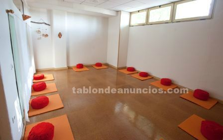 Se alquilan salas para masaje, terapia, estética, tatuaje o cursos