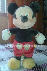 Mickey peluche musical