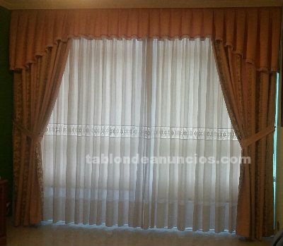 Cortinas de color salmon con bordados