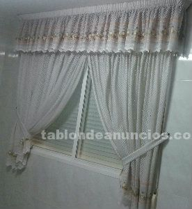 Cortinas para cocina de color blanco estampadas