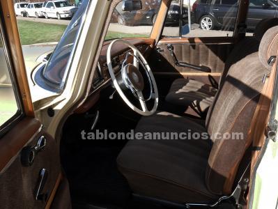 Mercedes Benz 220S W110 Colas