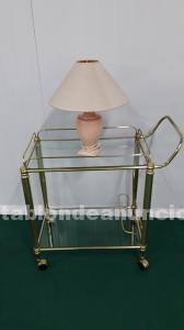Camarera en metal dorado