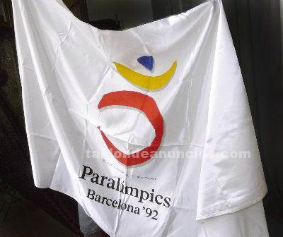 Bandera oficial Paralimpicos Barcelona-92