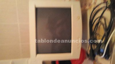 SE VENDE MONITOR DE PC