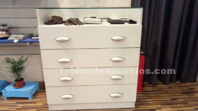 MUEBLE EXPOSITOR HECHO A MEDIDA