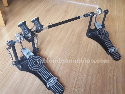 DOBLE PEDAL DE BOMBO SONOR ZURDO EN PERFECTO ESTADO