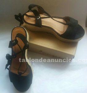 Zapatos mujer de antelina negra, numero 41, a estrenar