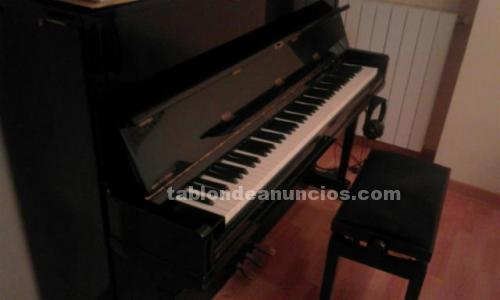 Piano de pared con sistema silent