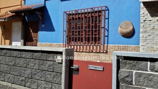 Tabl n de anuncios se vende casa con azotea y terraza for Se vende casa tenerife